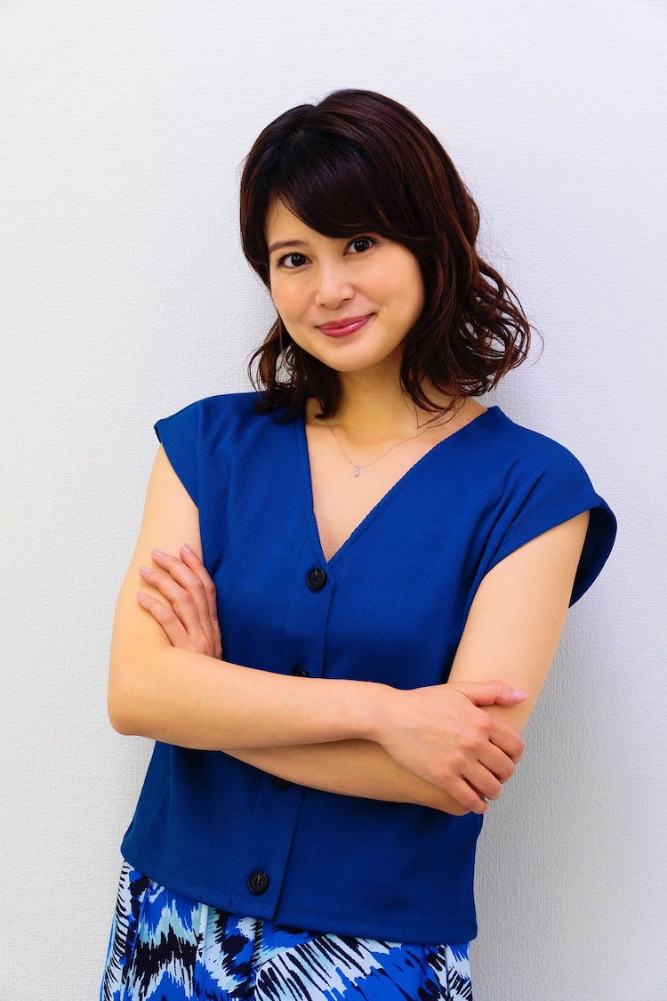 佐津川愛美演じる千加子。