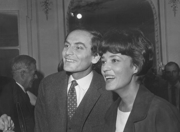 左からピエール・カルダン、ジャンヌ・モロー。