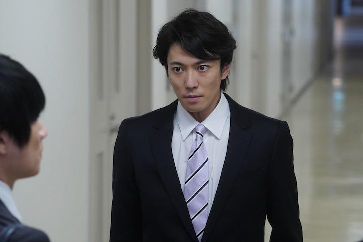 辰巳雄大演じる富澤。
