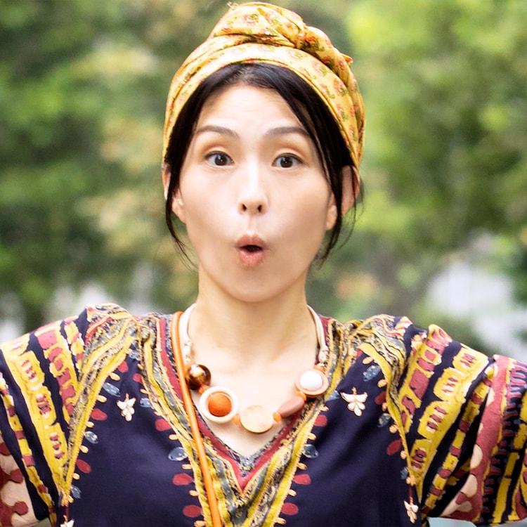 町田マリー演じるリカ。