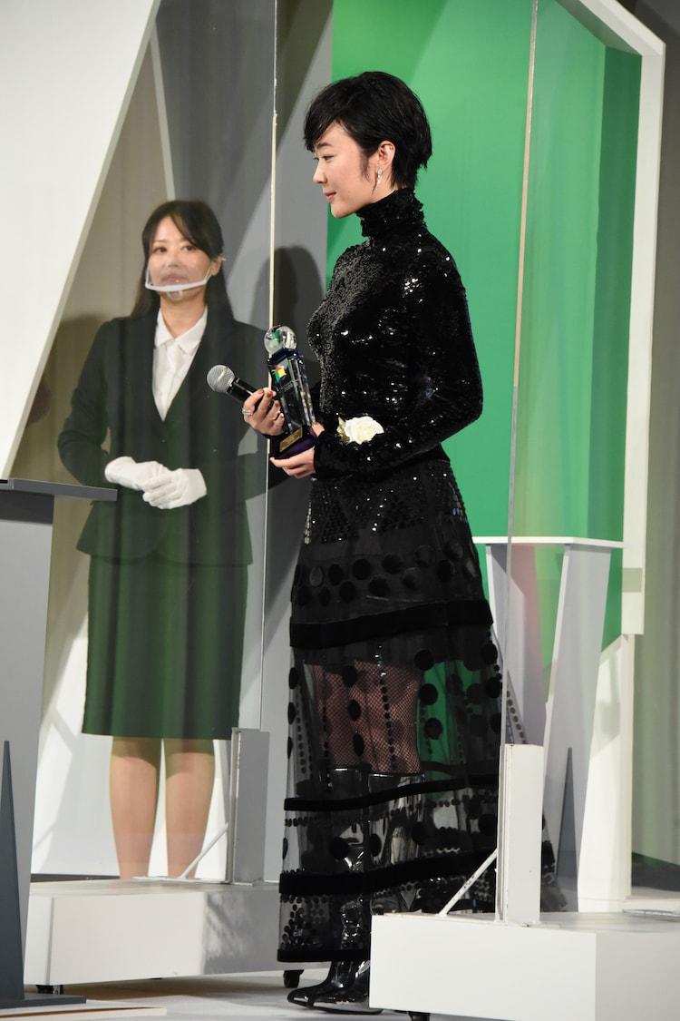 東京ドラマアウォード2020の授賞式に出席した黒木華。