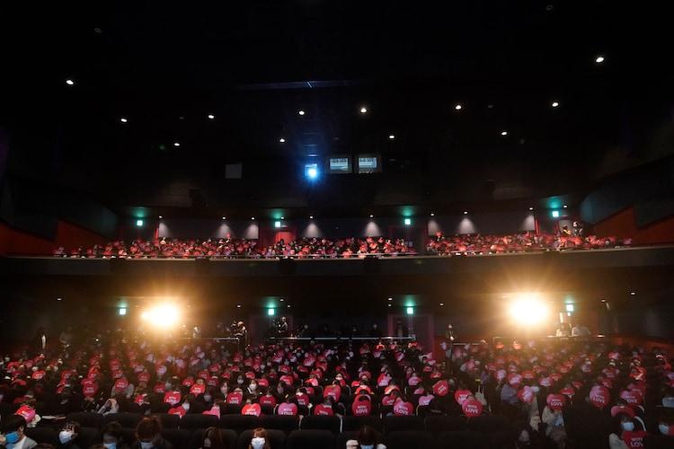 「滝沢歌舞伎 ZERO 2020 The Movie」初日舞台挨拶の様子。