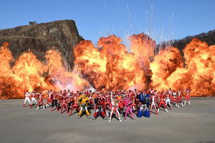 「機界戦隊ゼンカイジャー THE MOVIE 赤い戦い!オール戦隊大集会!!」新場面写真
