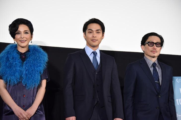 「ターコイズの空の下で」先行プレミア上映会の様子。左からサヘル・ローズ、柳楽優弥、KENTARO。