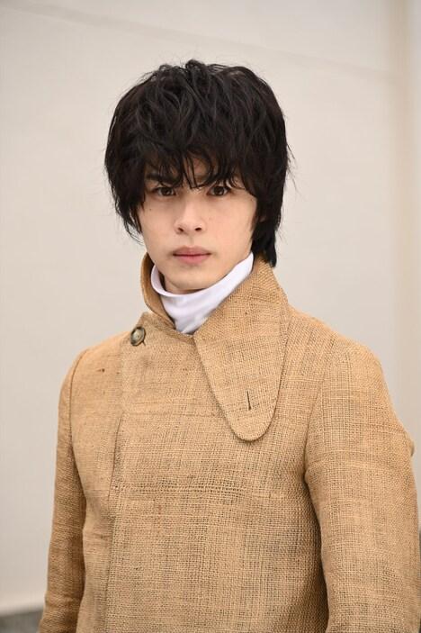 青木瞭演じる富加宮賢人。