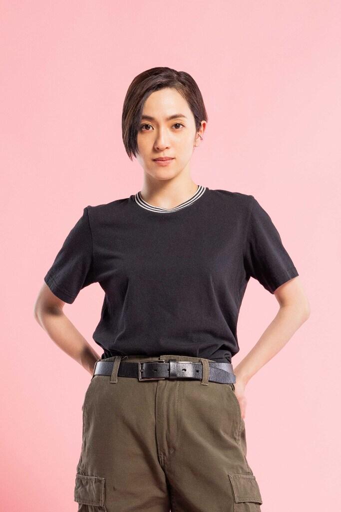 中村アン演じる羽瀬彩夏。