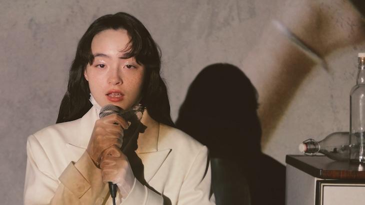 モトーラ世理奈演じる女に恋した女。
