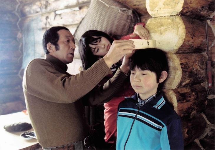 「北の国から '83冬」より。左から田中邦衛演じる黒板五郎、中嶋朋子演じる蛍、吉岡秀隆演じる純。