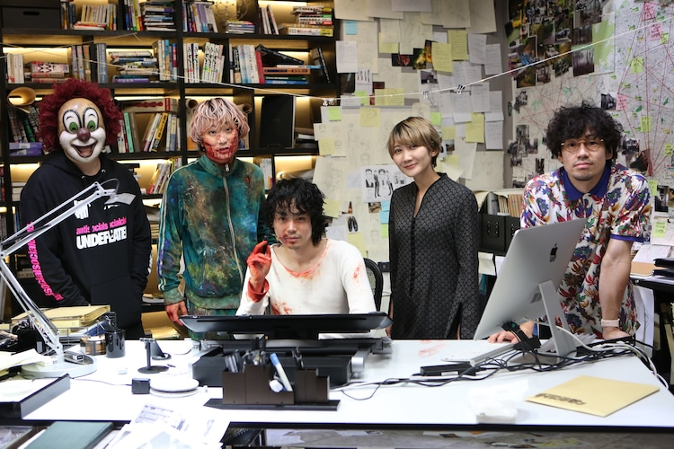 左からDJ LOVE、Fukase、菅田将暉、Saori、Nakajin。