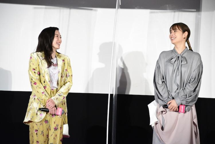 左から永野芽郁、広瀬アリス。