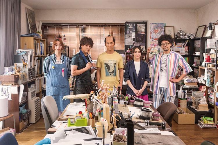 左から長井短、森本慎太郎、濱田崇裕、久保田紗友、今井隆文。