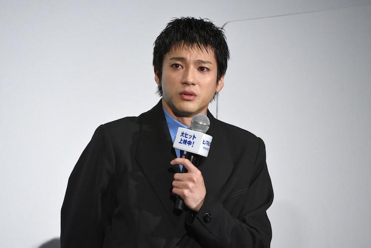 田中圭へのサプライズに号泣する山田裕貴。