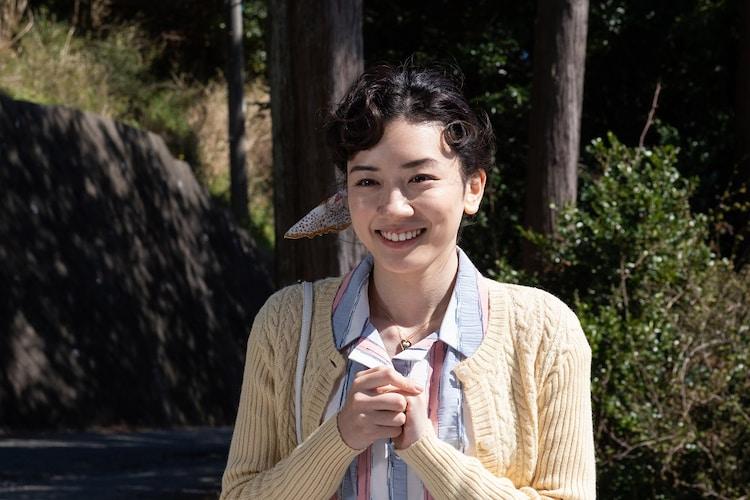 「キネマの神様」より、永野芽郁演じる若き日の淑子。