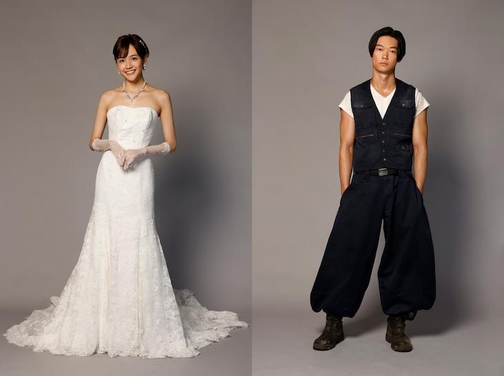 左から仁美役の松井愛莉、まなぶ役の笠松将。