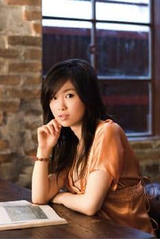 「Kissing Me」は、日本テレビ系の人気ダンス番組「スーパーチャンプル」と同局のクイズ番組「ミニキテ!」のエンディングテーマに決定。「You're the One」はTBS系列「ヤレデキ!世界大挑戦」のエンディングテーマとして現在オンエア中。