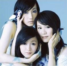 「SEVENTH HEAVEN」は昨年9月発売のシングル「ポリリズム」(写真)のカップリング曲。