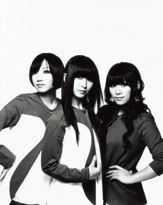 地元・広島での大型イベントへの出演が決定したPerfume。彼女たちにとっては凱旋公演とも言えるステージとなりそうだ。