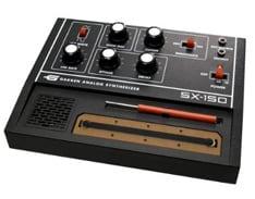 テクノファン大注目の「SX-150」がいよいよ来月末発売。どのようなサウンドが飛び出すのか楽しみなところだ。