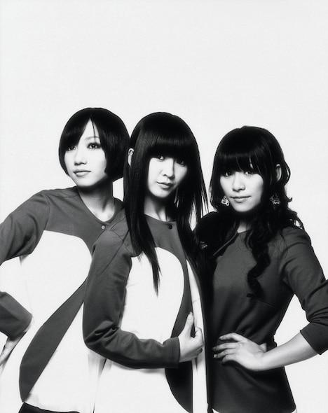 """ちなみにTOKYO-FM「SCHOOL OF LOCK!」内「Perfume LOCKS!」では、""""気になりそうなこと""""をリスナーから募集する「気になる姫」というコーナーがオンエアされている。"""