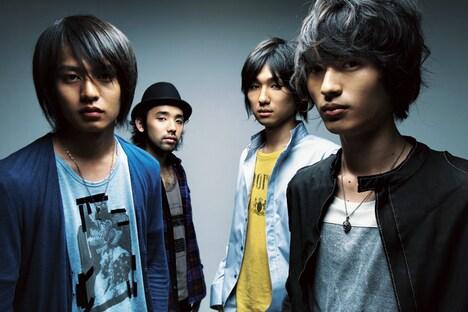NICO Touches the Wallsは9月24日に1stフルアルバム「Who are you?」をリリース。ライブではアルバムからの楽曲も披露されるのか気になるところだ。