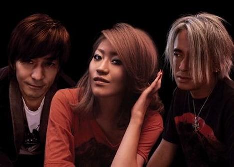 globeがひさびさの活動再開を発表し、ファンを喜ばせた矢先の事件。globeは11月26日にシングル「Get Wild」、12月17日を「Self Control」をリリースすることがアナウンスされていた。