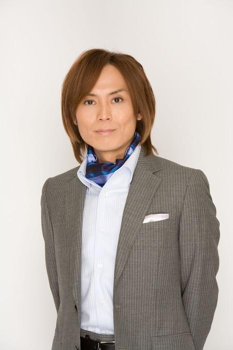 書籍に掲載されるつんく♂インタビューの続きでは、松浦亜弥「ね~え?」でタッグを組んだ小西康陽のことや、Perfumeについての見解も披露。稀代のアイドル・プロデューサーが語る各楽曲の秘話には一見の価値あり。