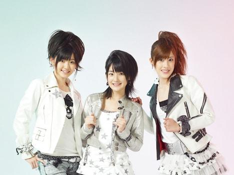 Buono!は2月11日・14日・15日に日本青年館で、初のワンマンライブ「Buono!ライブ2009 ~ハイブリッド☆パンチ~」を開催。チケットの一般発売は、今週末1月10日からスタート。