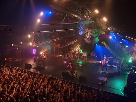 「FLOW THE CARNIVAL」は9月19日に東京・新木場STUDIO COASTにて開催。大阪や名古屋については、後日詳細が発表される。