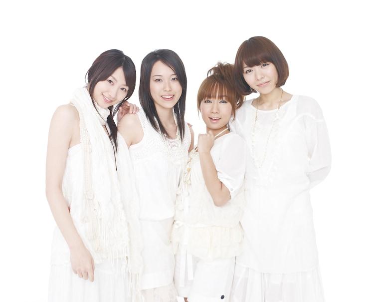 戸松遥、寿美菜子、高垣彩陽、豊崎愛生(写真左から)の4人からなるユニット、スフィア。7月29日にはアニメ「宙のまにまに」オープニングテーマに起用されたニューシングル「Super Noisy Nova」をリリースする。