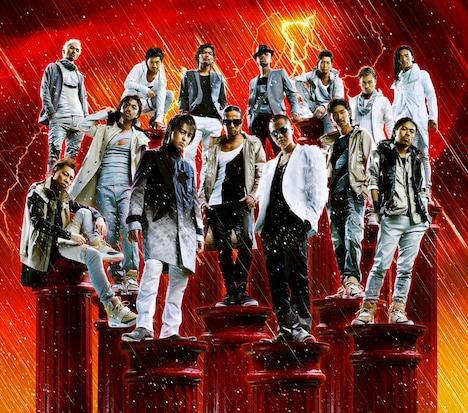 スカパー!e2では7月22日21時から、「THE HURRICANE ~FIREWORKS~」リリース記念番組をオンエア。さらに、メンバーのAKIRAが出演している映画「山形スクリーム」のメイキング&独占インタビューも、29日21時から放送される。