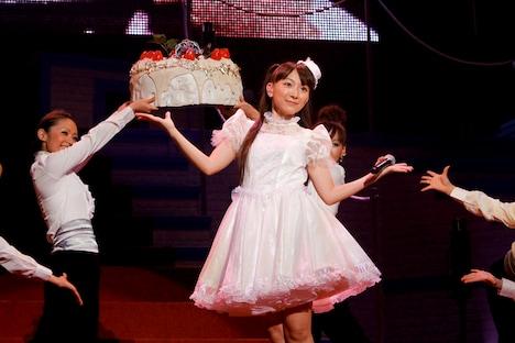 今年も17歳の誕生日を迎えたほっちゃん。ちなみに声優で武道館ワンマンを行ったのは椎名へきる、水樹奈々、田村ゆかりに続いて、ほっちゃんが4人目。