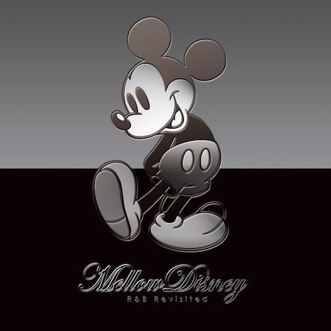 ジャケットには立体感のあるミッキーマウスのイラストを使用。