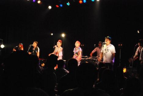 「@peps!ミュージック」では「JUMP UP LIVE TOUR! vol.2」の全公演のライブレポートを掲載。ライブ写真も多数公開されている。