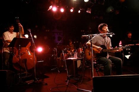オフィシャルサイト「星野源のホームページ」ではアルバム「ばかのうた」特設ページを公開中。また、この日のライブで披露された「たいやき」は、吉野寿のオフィシャルサイト「吉野製作所」にて現在も無料でダウンロードできる。