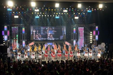 モーニング娘。、Berryz工房、℃-ute、真野恵里菜、スマイレージにハロプロエッグ選抜メンバーを加えた総勢46名が登場した「Hello! Project 2010 SUMMER~ファンコラ!~渋谷場所・夜~」。