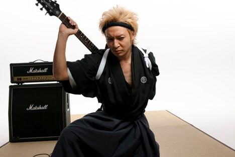発売中のシングル「メダリスト」には10月7日に目黒雅叙園にて開催されるプレミアムイベントの応募券を封入。このイベントではシングルのジャケットやビデオクリップと同じ和服でのスペシャルライブが行われる。