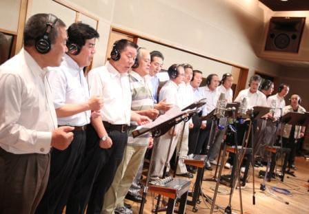 いくつもの修羅場をくぐり抜けてきた16人の男たち、OJS48。背負うものの大きい男の歌声は、深く切ない。