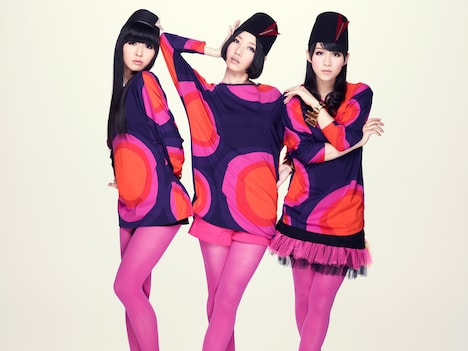 Perfumeはこれまで同番組には歌のコーナーに2回出演しているが、「ビストロSMAP」への出演は今回が初となる。