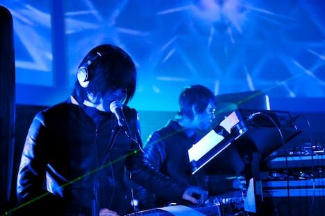 Bradberry Orchestraは2009年10月に結成。これまでにソニー・エリクソンのスマートフォン「Xperia」のCM楽曲などを手がけている。