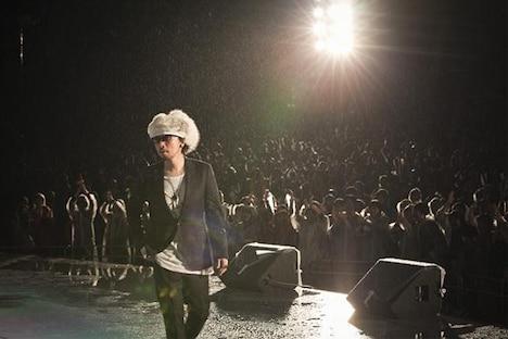写真はDATE COURSE PENTAGON ROYAL GARDENの日比谷野外大音楽堂ワンマンライブの模様。(c)SHIRO MIYAKE