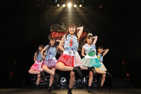 写真はZepp Tokyo公演第1部の様子。