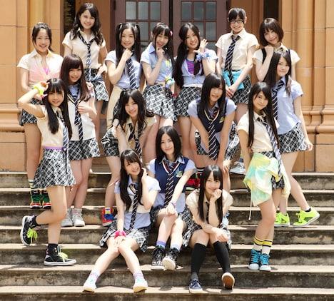 写真はSKE48「パレオはエメラルド」選抜メンバー。