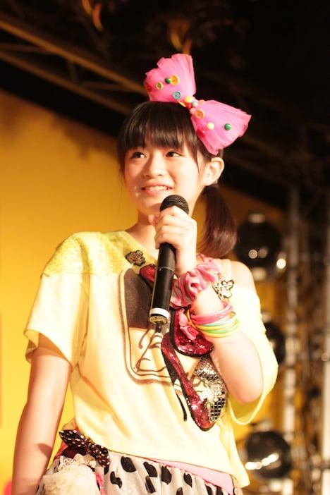 前田憂佳(写真は8月3日、タワーレコード渋谷店で行われたシングル「有頂天LOVE」発売記念イベントより)