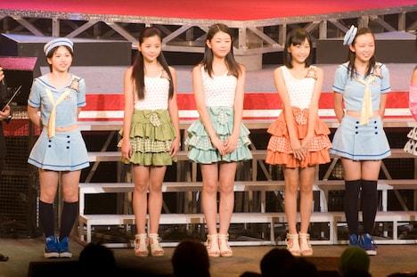 スマイレージのサブメンバーに選ばれた5名。写真左から竹内朱莉、田村芽実、中西香菜、小数賀芙由香、勝田里奈。