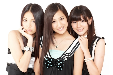 ChocoLe。写真左から玉川来夢、橋本楓、高橋胡桃。