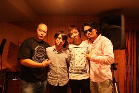 写真左からHirOshima、後藤正文、三浦大知、KREVA。