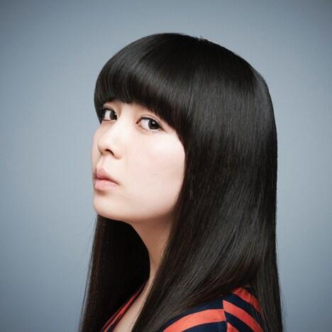 南波志帆は3月7日に最新シングル「少女、ふたたび」をリリースしたばかり。