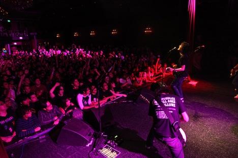 DVD「WE ARE FRIENDS」にも収録されるアメリカツアーの模様。