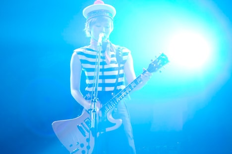 2月29日の東京事変解散後、初の椎名林檎ソロのニュースが到着。