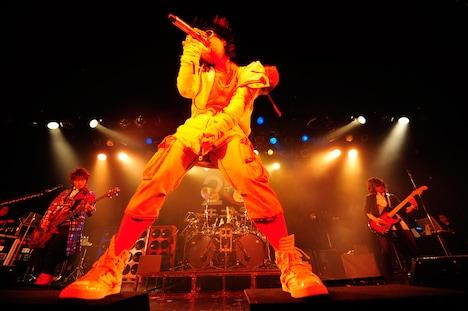 写真は4月20日のライブの模様。